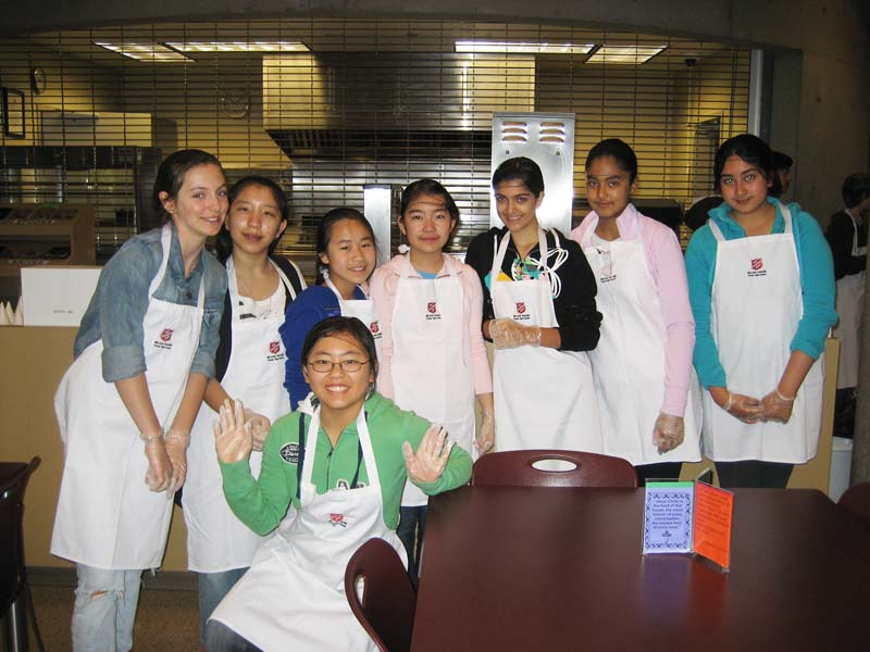 Service Saturday: Gr.7's at Belkin House