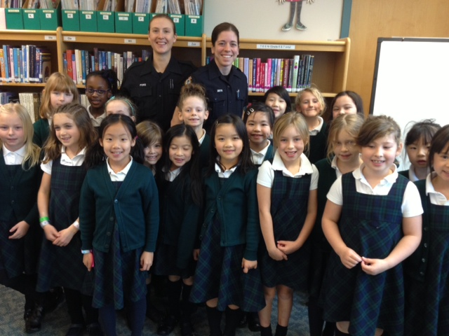 Grade 2's with VPD Officers Emily Ewens and Fiona Ford