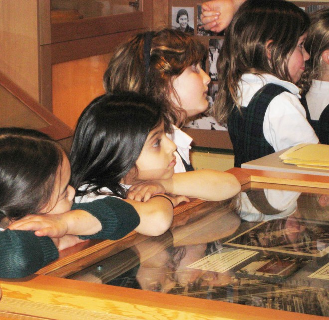 Gr. 2s Visit the YHS Alumnae Museum & Archives