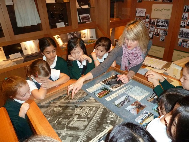 Gr. 3s visit the YHS Alumnae Museum & Archives