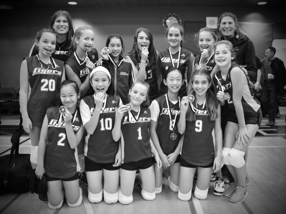 "Gr. 7 Volleyball Team Wins Silver at ""Dig-It"""